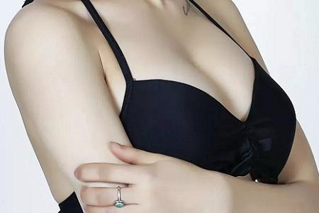 北京做假体隆胸术后会胸痛吗