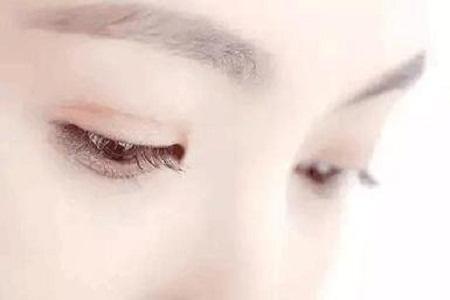 北京做完双眼皮术后消肿有哪些方法